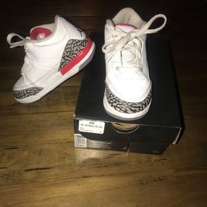 Jordan Shoes - JordanRetro 3 BT Size 10C